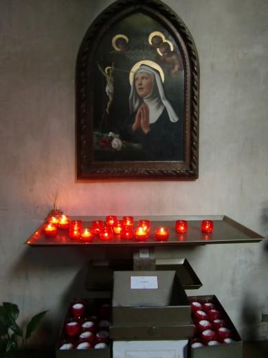 サンタマリアインコロナータ教会2